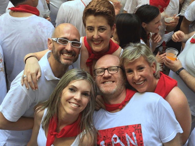 friends in white and red